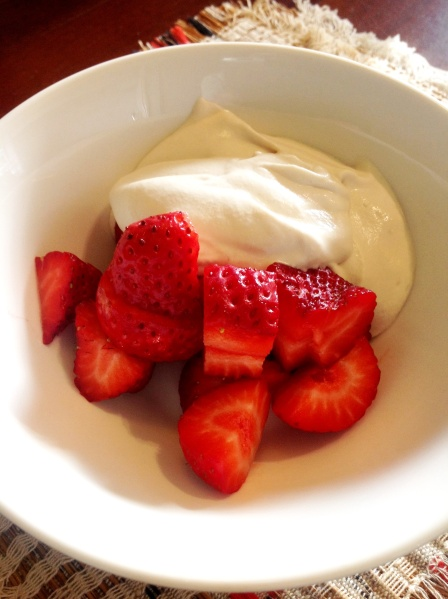 Tick and voluptuous Cashew Coconut Cream, with strawberries. A classic!