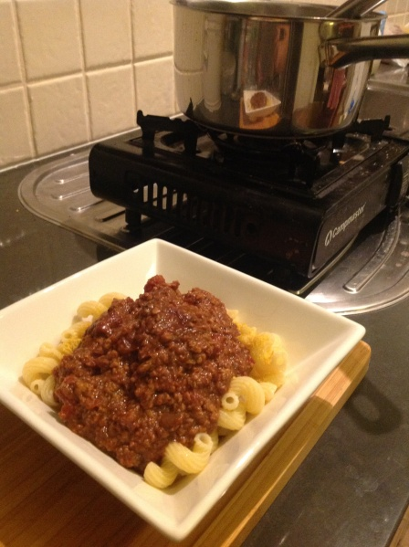While the stove area was being tiled, the camp stoves came out. Reheating the tempeh bolognese from frozen was a cinch.