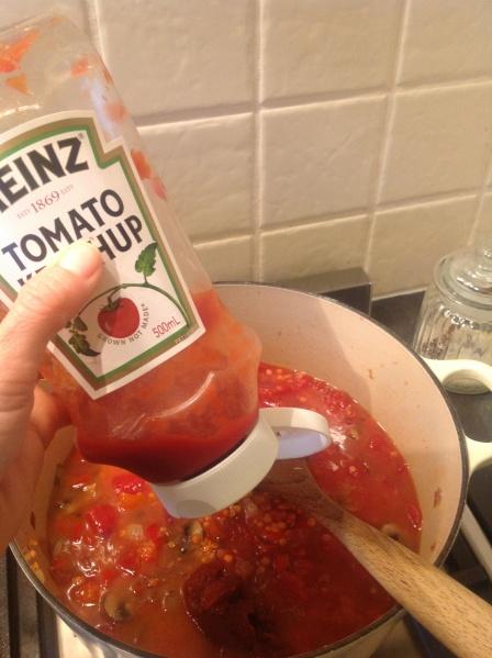 Un-Chilli Adding Tomatoes